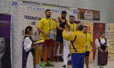 """Luptătorul Vlad Caraș, """"cap de listă"""" la CSM"""