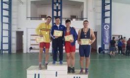 Luptătorii reșițeni, pe podium la Campionatul Național Școlar