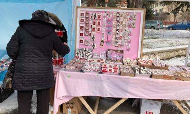Comercianții și-au întins tarabele, în așteptarea … primăverii!