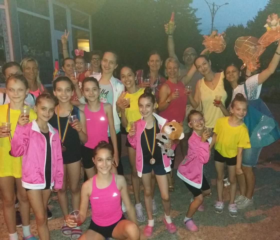 Gimnastele de la CSȘ Reșița, evoluție de excepție la Campionatul Național Școlar de la Oradea!