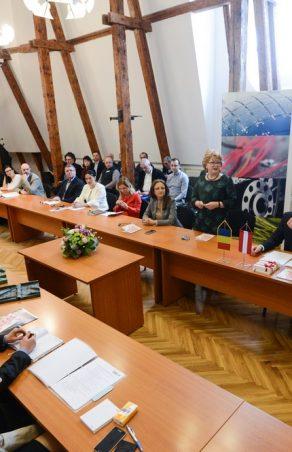 Un consilier local din Austria va fi obligat sa participe la cursuri de reeducare!