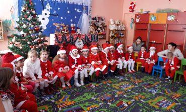 Serbări tematice de mare rafinament la toate grădinițele din Moldova Nouă