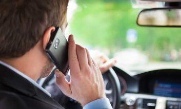 Pedepse dure pentru cei ce vorbesc  la telefon la volan