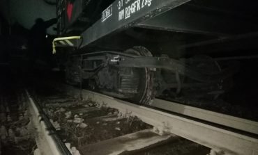 Transbordare auto între staţiile CF Valea Cernei şi Băile Herculane