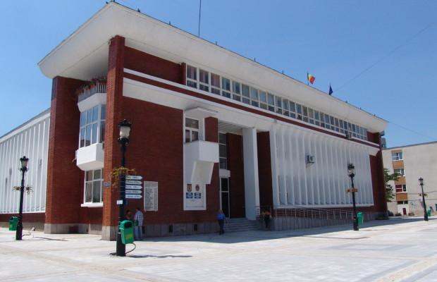 Consilierii PSD au părăsit Consiliul Local Reșița! Nu concep scăderi de salarii