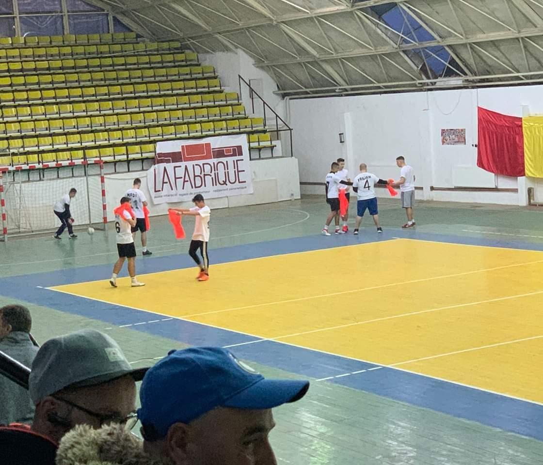 PRO România și-a făcut echipă de fotbal