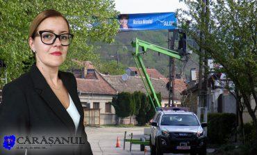 Electricienii primăriei Moldova Nouă implicaţi în campania electorală?