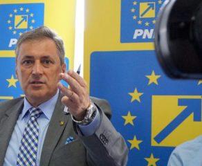 Ziua cea mai lungă: Comitetul Director al PNL Caraș-Severin decide situația lui Adrian Torma
